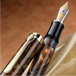 ペリカン「特別生産品 世界の史跡シリーズ」 の第4作「グランプラス」がM800サイズの万年筆になって再登場!